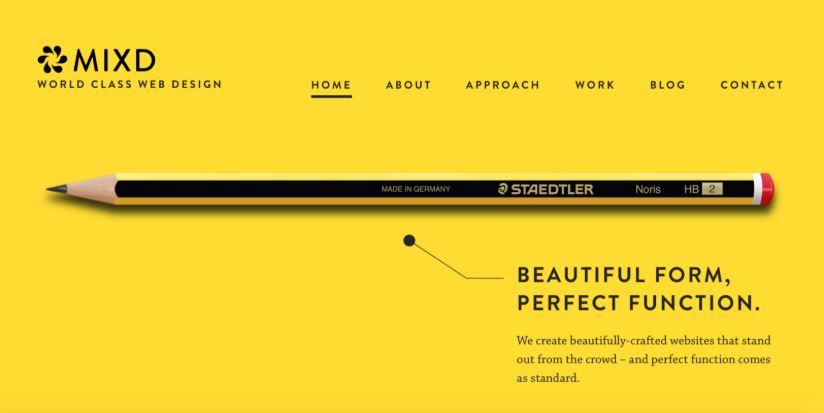 Thiết kế website với phong cách tối giản.